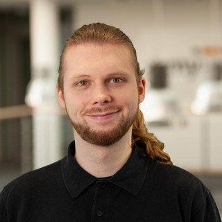 Adrian Lund